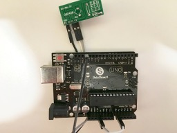 FS1000A receiver connected to Arduino